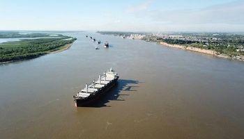 Los buques frenados por el derrumbe del canal ya pudieron zarpar a destino