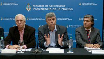 """Anuncian acuerdo: """"El control del comercio de granos es del Estado"""""""
