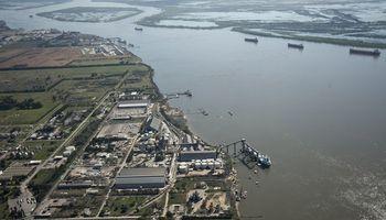 """Paro de aceiteros: los puertos afectados y la respuesta de los exportadores, que piden """"urgente intervención"""""""