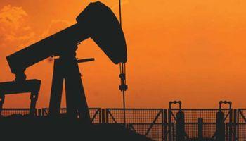 El petróleo cayó 1,3% y volvió a perforar la barrera de los u$s 82