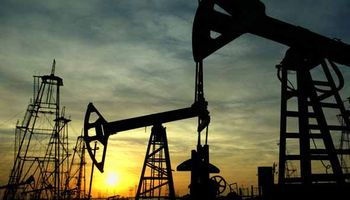 Petróleo sin fondo: se hundió 10,2% y finalizó a u$s 66,15
