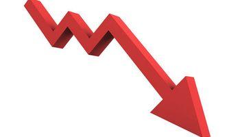 """El """"blue"""" ya perforó el piso de $ 13; bajó un 2% el riesgo-país"""