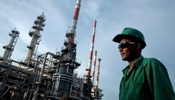 Caída del precio del petróleo amenaza a los biocombustibles