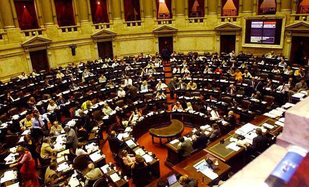 Con 217 votos afirmativos, 4 negativos y 8 abstenciones, la propuesta del Gobierno fue aprobada y girada a la Cámara alta.