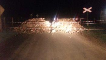 Caminos rurales: rechazan los bloqueos municipales y provinciales que ya generaron dos accidentes fatales