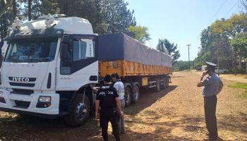 La Unidad de Información Financiera se involucró en una causa de contrabando de soja al límite con Brasil
