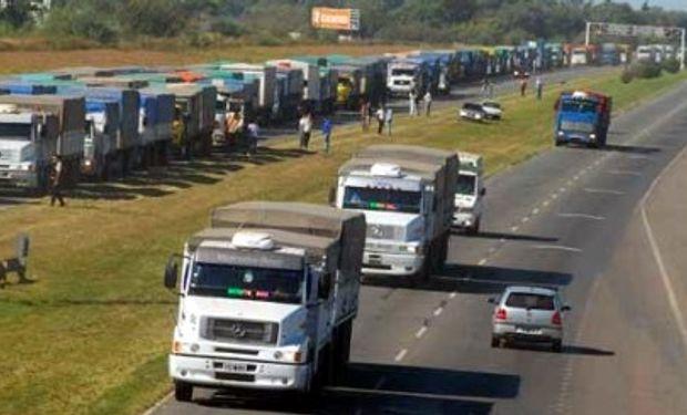 Alertan por mayores costos en el transporte de cargas