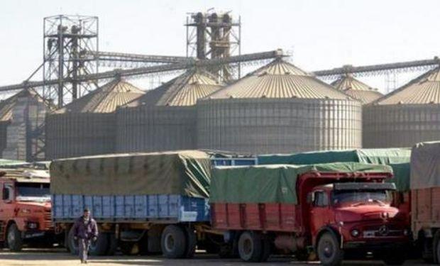 En la Argentina el 87% de las cargas de granos se mueven en camión.