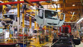 Crecimiento récord de las exportaciones de camiones y déficit de divisas