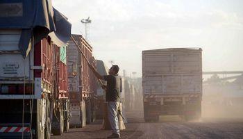 El costo del transporte de carga aumentó un 47% y se declararon en emergencia