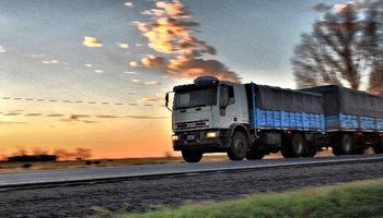El transporte de carga alerta por la suba de costos, que ascenderá a un 13,5% para agosto