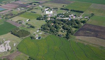 Presentan un proyecto de ley para regular la tenencia de tierras