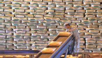 Alerta ante una posible apertura de la importación de azúcar desde Brasil