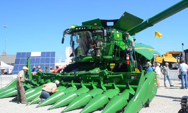 La nueva línea de cosechadoras serie 700