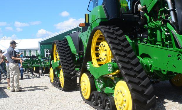 Tractor de 4 orugas serie 9