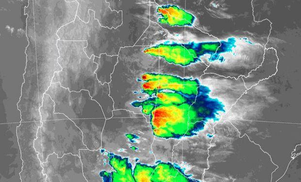 Lluvias y tormentas intensas afectan a amplias regiones.