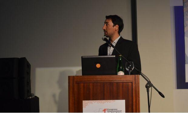 """Leandro Cardoso sobre """"Monitoreo de silo bolsas, evolución y perspectivas"""" en el I Congreso Internacional de Silo Bolsa"""