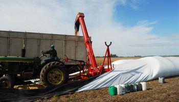 Fijan salarios mínimos para tareas de manipulación y almacenamiento de granos