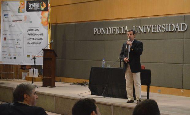 Carlos Poullier en el 16° Seminario de Comercialización de Granos.