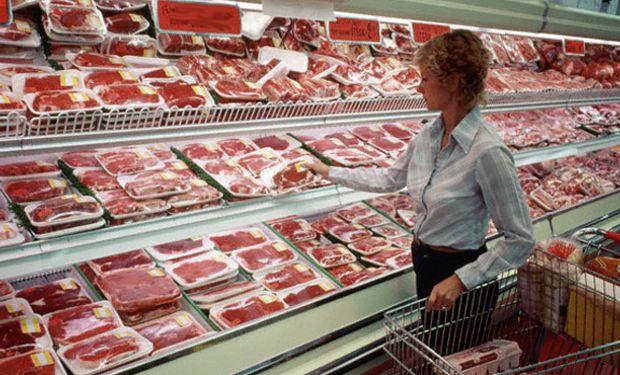"""Gobierno reconoce suba """"desmedida"""" de la carne."""