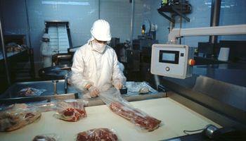 Cierre de exportaciones: la advertencia del IPCVA por el gran impacto sobre la carne argentina