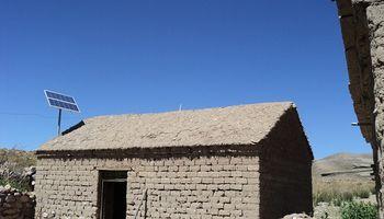 El gobierno entregará kits de energía solar a hogares rurales
