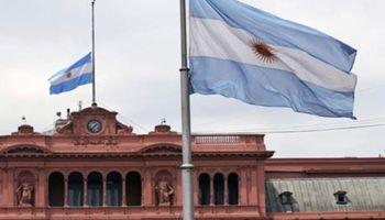 Tras las derrotas, en la Rosada concentran todo en Buenos Aires