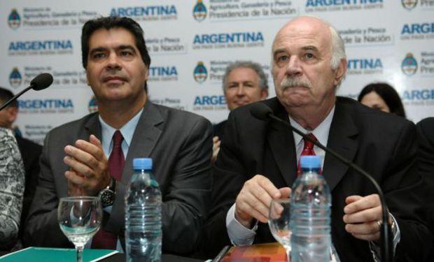 En el caso del Chaco, el miércoles pasado, Casamiquela le llevó $ 125 millones al gobernador Jorge Capitanich.