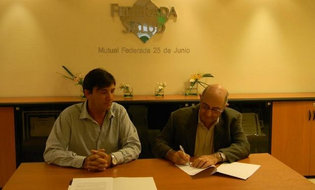 La rubrica del convenio tuvo lugar en la sede central de la entidad mutualista, en Moreno 1222 (Rosario), y contó con la participación especial del secretario de Agricultura de Santa Fe, Luis Contigiani.