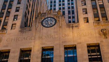 Chicago: el mercado operó con bajas en trigo, soja y maíz