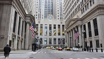 Mercado de Chicago opera a la baja por temor al coronavirus en China