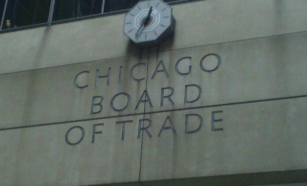 Soja y maíz en alza en Chicago