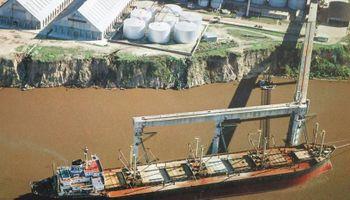 Reducen 50% en dólares los costos de operar en los puertos del Gran Rosario