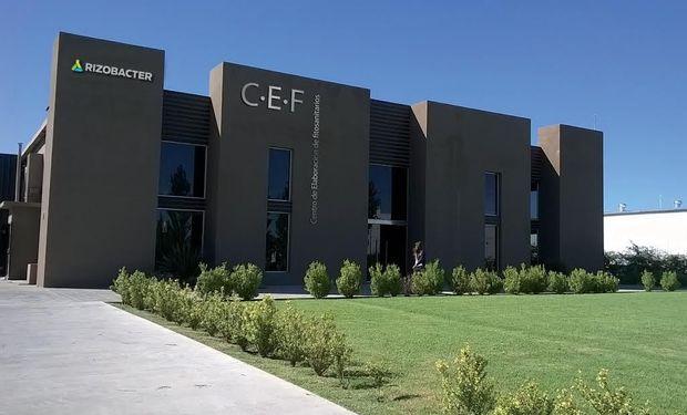 Centro de Elaboración de Fitosanitarios (CEF) en el Parque Industrial de Pergamino.