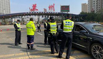 Covid en China: aislan a una ciudad de 4 millones de habitantes ante un nuevo brote de la variante Delta