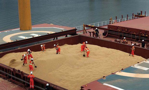 China investiga la importación de sorgo y cancela embarques de maíz.