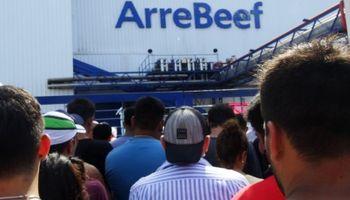 Arrebeef: con 1.000 trabajadores y 65 denuncias penales, reabre el frigorífico que cerró por un conflicto sindical