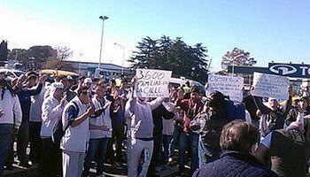 Cresta Roja cerró sus plantas: 3000 obreros se quedarían sin trabajo