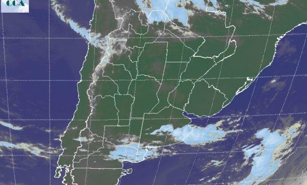 La foto satelital permite justificar a través de las coberturas nubosas en el sur de BA, las lluvias que se han venido concretando.