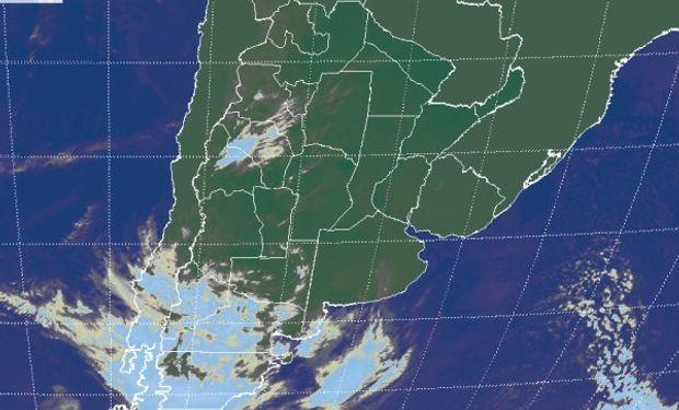 La foto satelital se repite con cielos despejados en gran parte del centro norte del país.