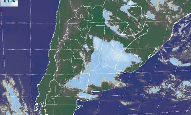 Las celdas de tormenta se concentran en el sudeste de Santiago y el norte entrerriano.