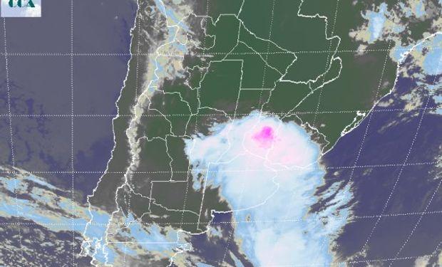 El epicentro de la actividad principal se despliega sobre ER, con tendencia a desplazarse hacia territorio uruguayo.