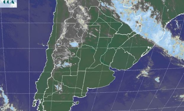 La foto satelital presenta un vasto dominio de cielos despejados en las áreas agrícolas principales.