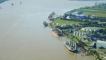 Complejo portuario de San Lorenzo duplicará sus cargas el año próximo