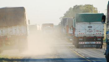 Se destrabó el conflicto de camioneros y se liberan las rutas