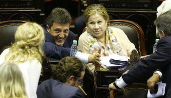 Gobierno logró que una amplia mayoría apoye en el Congreso el acuerdo con los buitres