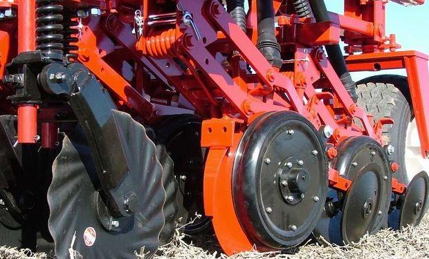 Cada parte de la máquina juega un rol importante en relación a las condiciones de siembra.