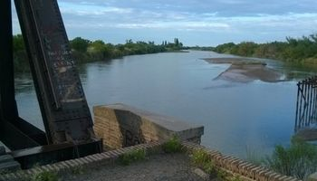 El escaso caudal del Río Colorado alarma a los productores del sur bonaerense
