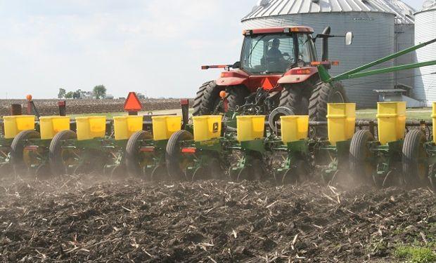 """Una superficie récord de maíz podría quedar sin sembrar este año en Estados Unidos, calificando para el seguro """"Prevented Planting""""."""