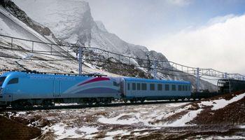 Los sectores público y privado proyectan el corredor ferroviario bioceánico